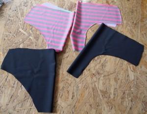 Ich habe zwei unterschiedliche Bikinistoffe für die Hose verwendet,e s geht aber natürlich auch mit zweimal demselben Stoff :)