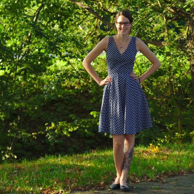 Flora Dress mit Punkten